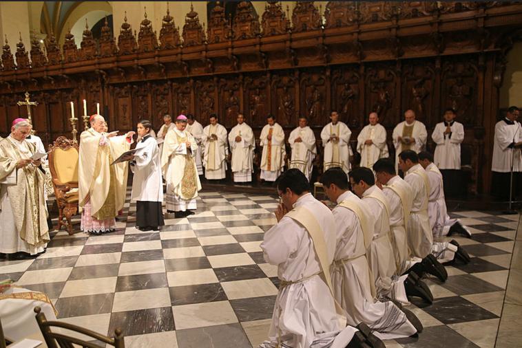 16ordenacion-sacerdotal-peru-catolico