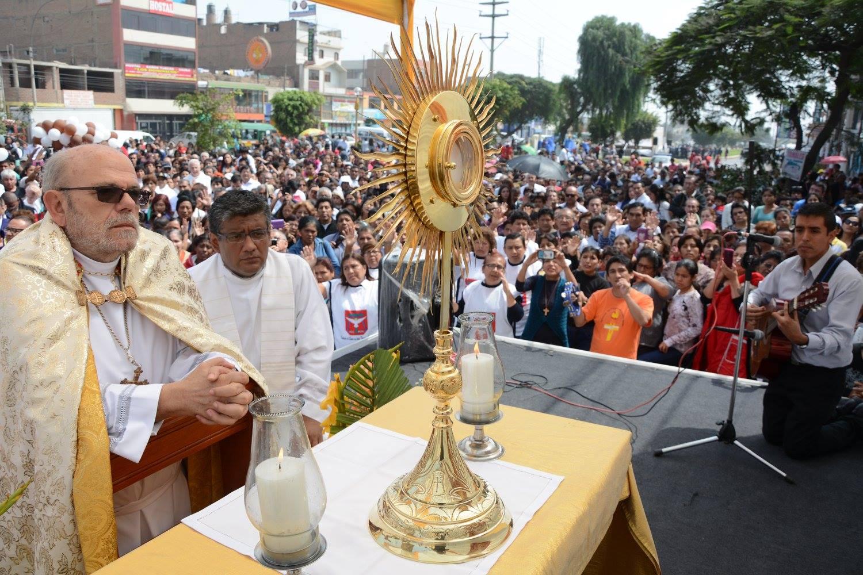 corpus-christi-callao-peru-catolico