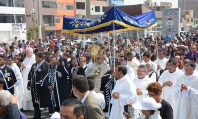 corpus-christi-callao3-peru-catolico