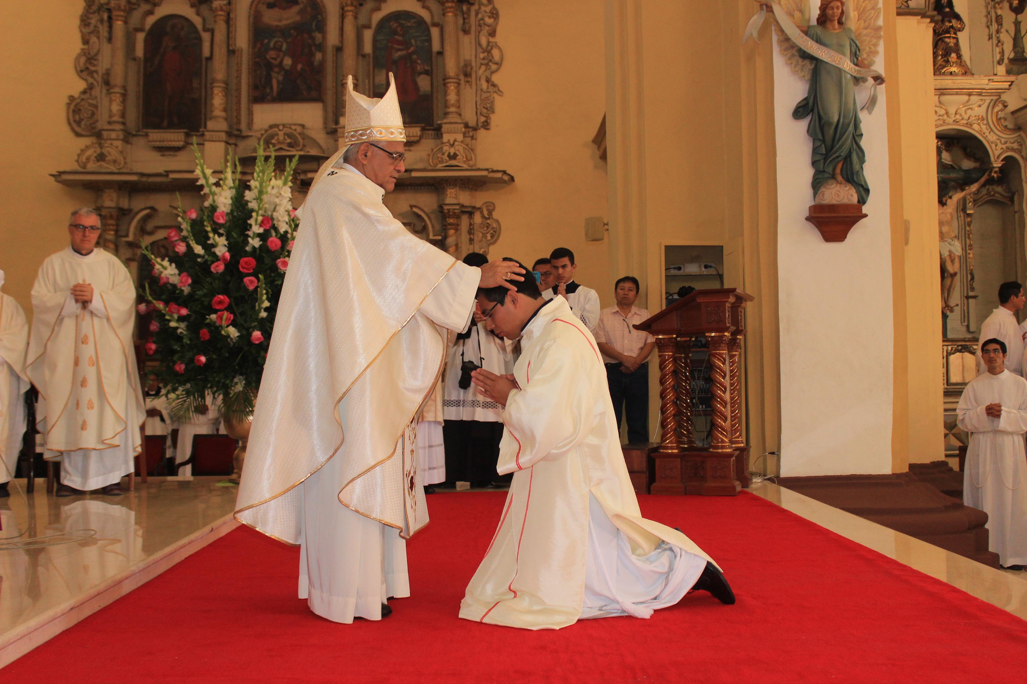 nuevo-sacerdote