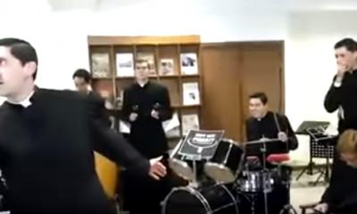 sacerdotes-estaticos-peru-catolico