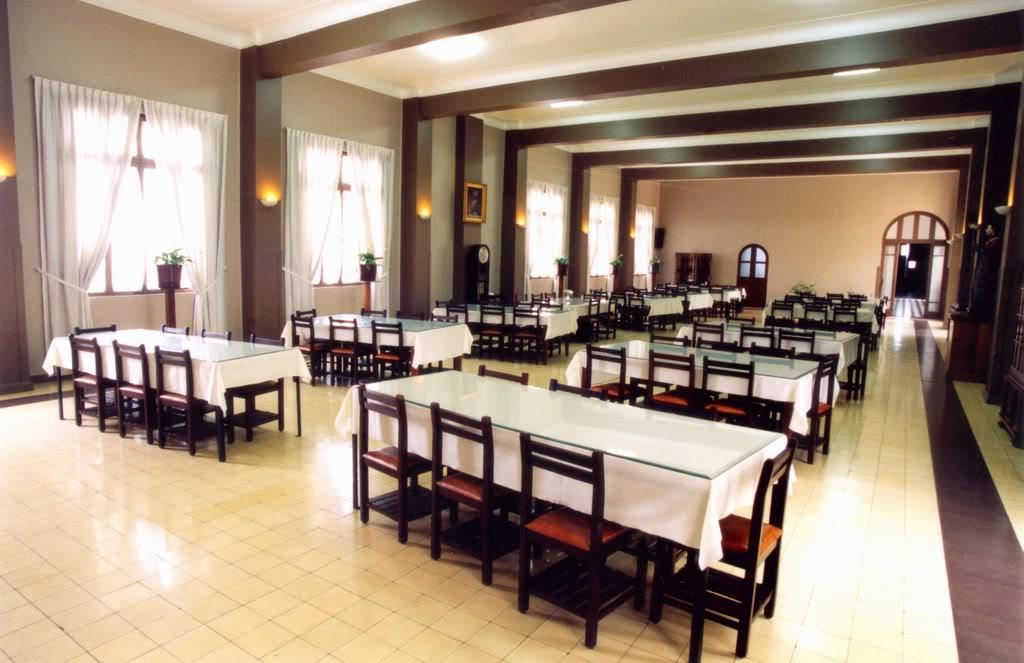 seminario-santo-toribio-peru-catolico5