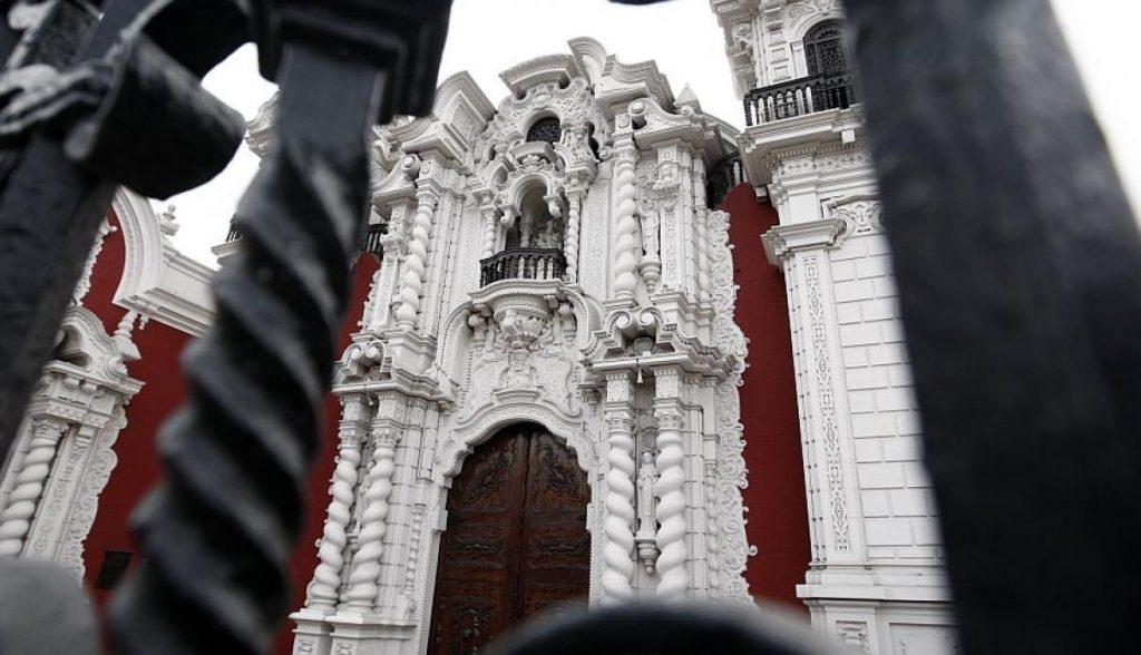 Iglesia San Marcelo (Cruce del Jr. Rufino Torrico con Av. Emancipación) Es una de las más antiguas que aún se conservan en Lima. Su construcción se dio en 1551 y tiene las imágenes de San Marcelo, Nuestra Señora de los Remedios, entre otras. (USI)